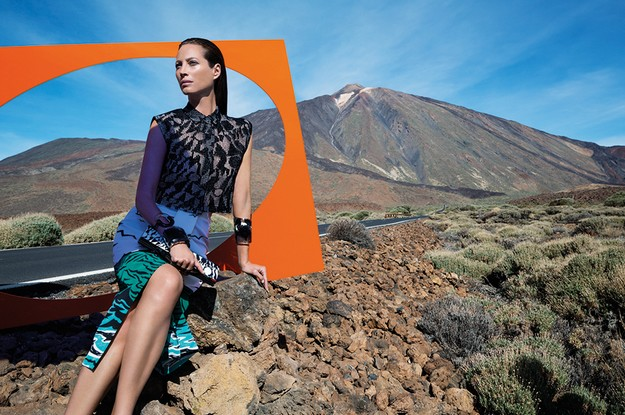 [Missoni] Photographer: Viviane Sassen