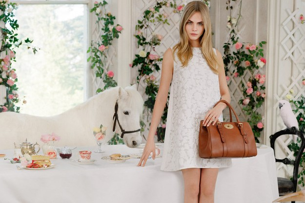 MULBERRY-SPRING-SUMMER-2014-CAMPAIGN-WITH-CARA-DEL-copie-3